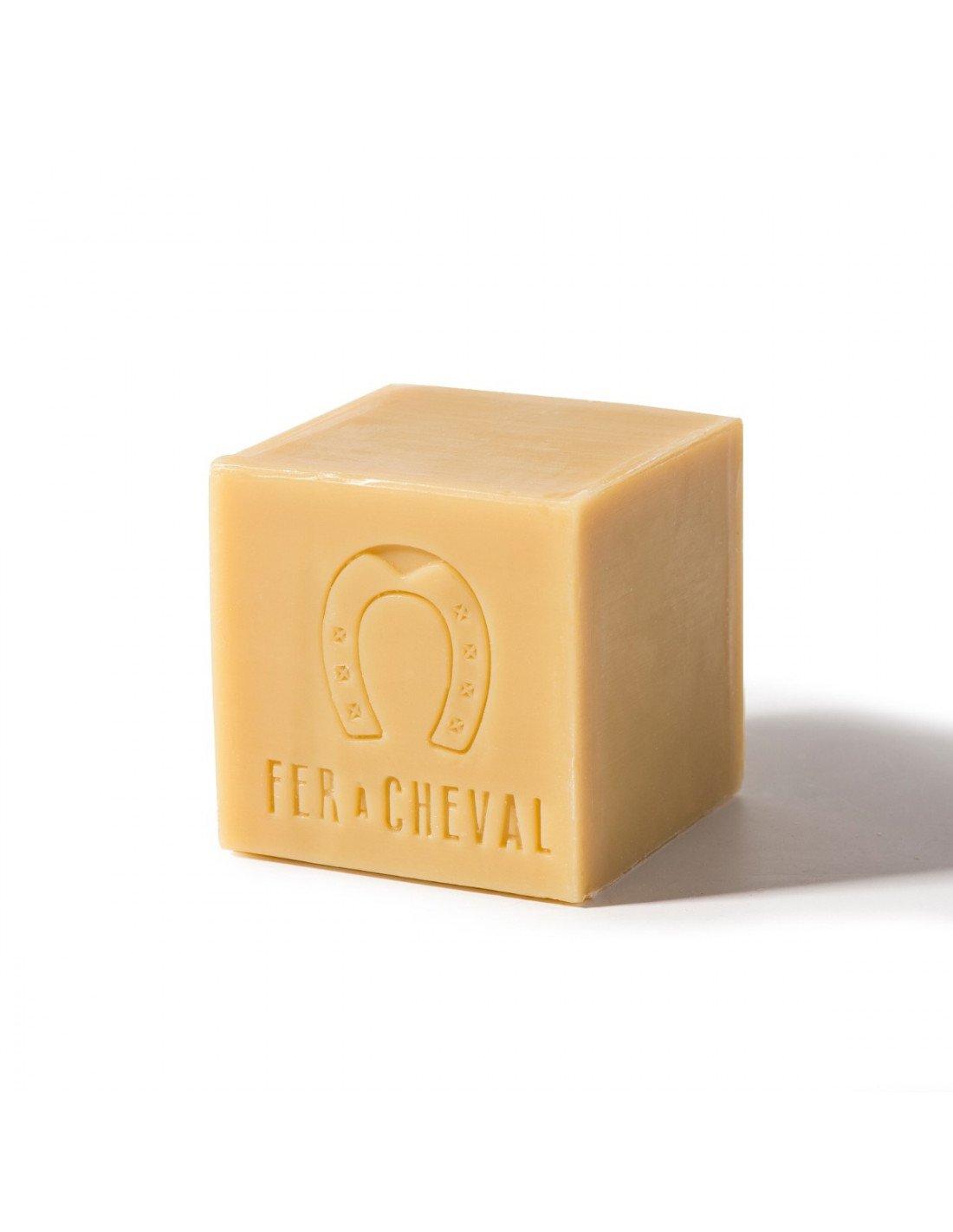 Savon de marseille huile v g tale cube 600g - Composition savon de marseille ...